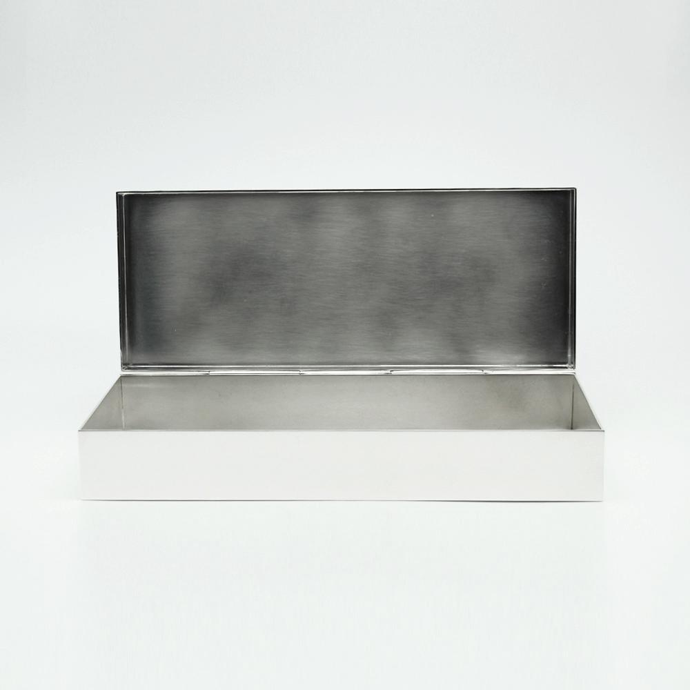 Prototype boite en métal argenté Camile Orfèvre Paris