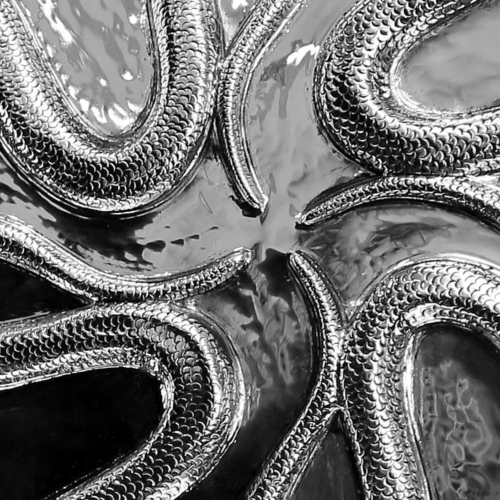 Légumier serpent détail