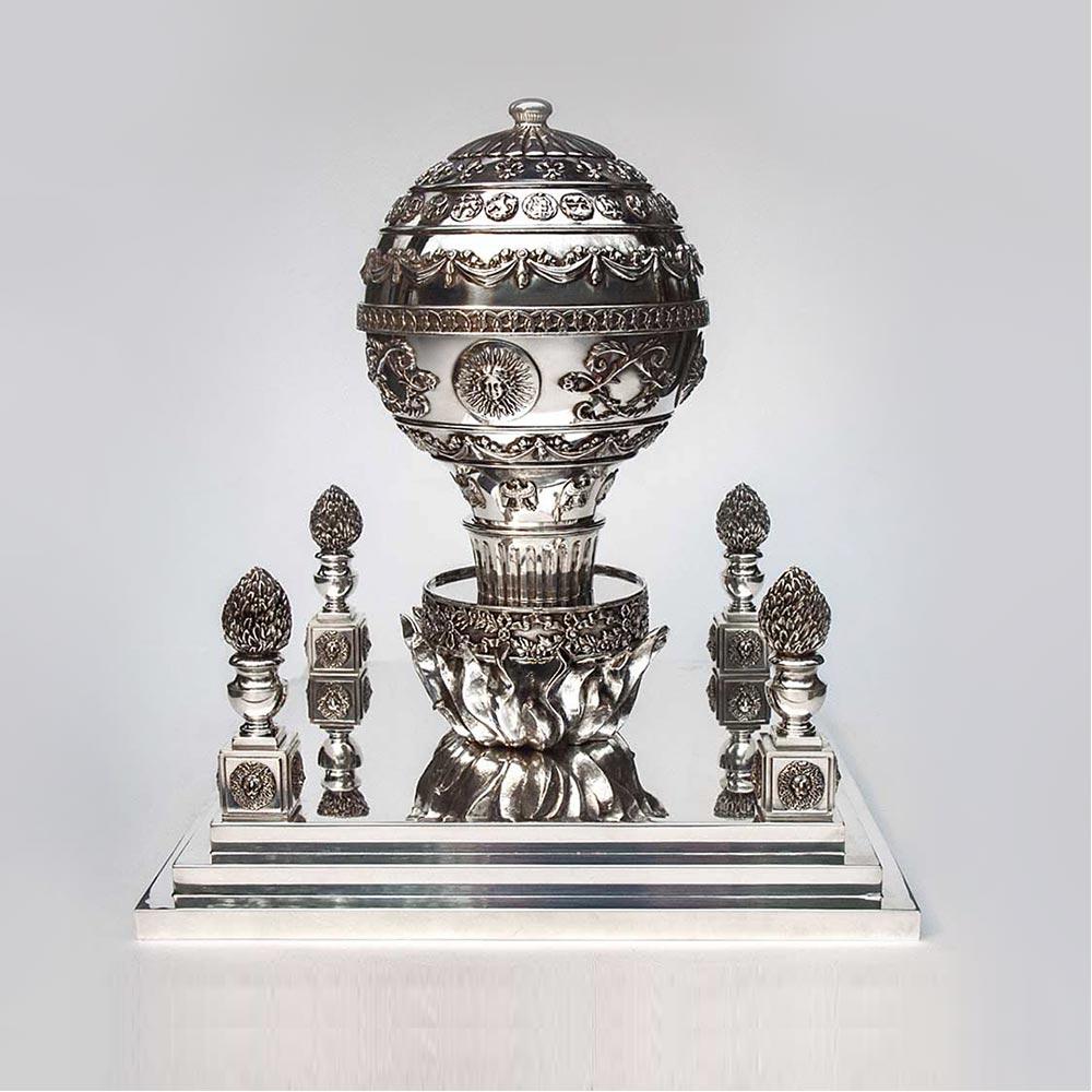 Porte caviar montgolfière métal argenté design by Lauret Studio